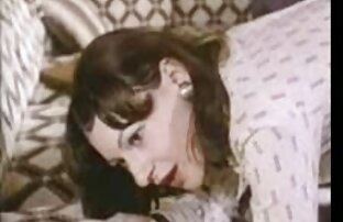 A MILF melhor porno lésbico da latina falida fica com o raio da cara dela!!