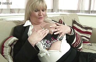 Namorada Loura BLACKED trai colando velcro gostoso