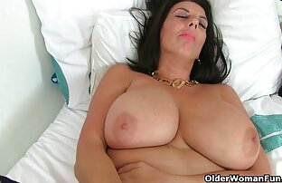 LECHE 69 xxvideo lésbicas lindas miúdas a Esguichar numa tigela