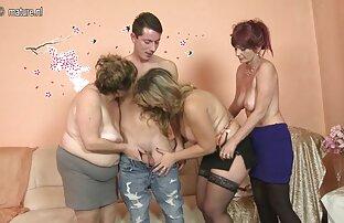 A jovem Eva Abel fica com o rabo ensopado coroas brasileiras lésbicas depois de tomar banho.