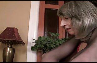 A Boazona da MILF sabe que quer uma suruba lesbico pila grande.