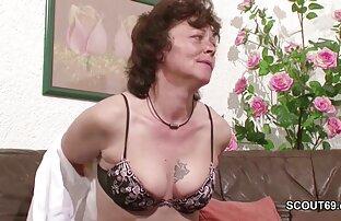 Curvy Cuban & xvideos japonesas lesbicas Sam 38G sucking big black cock!