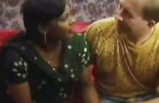 Um casal selvagem sem luvas adora sexo video sexo lesb anal.